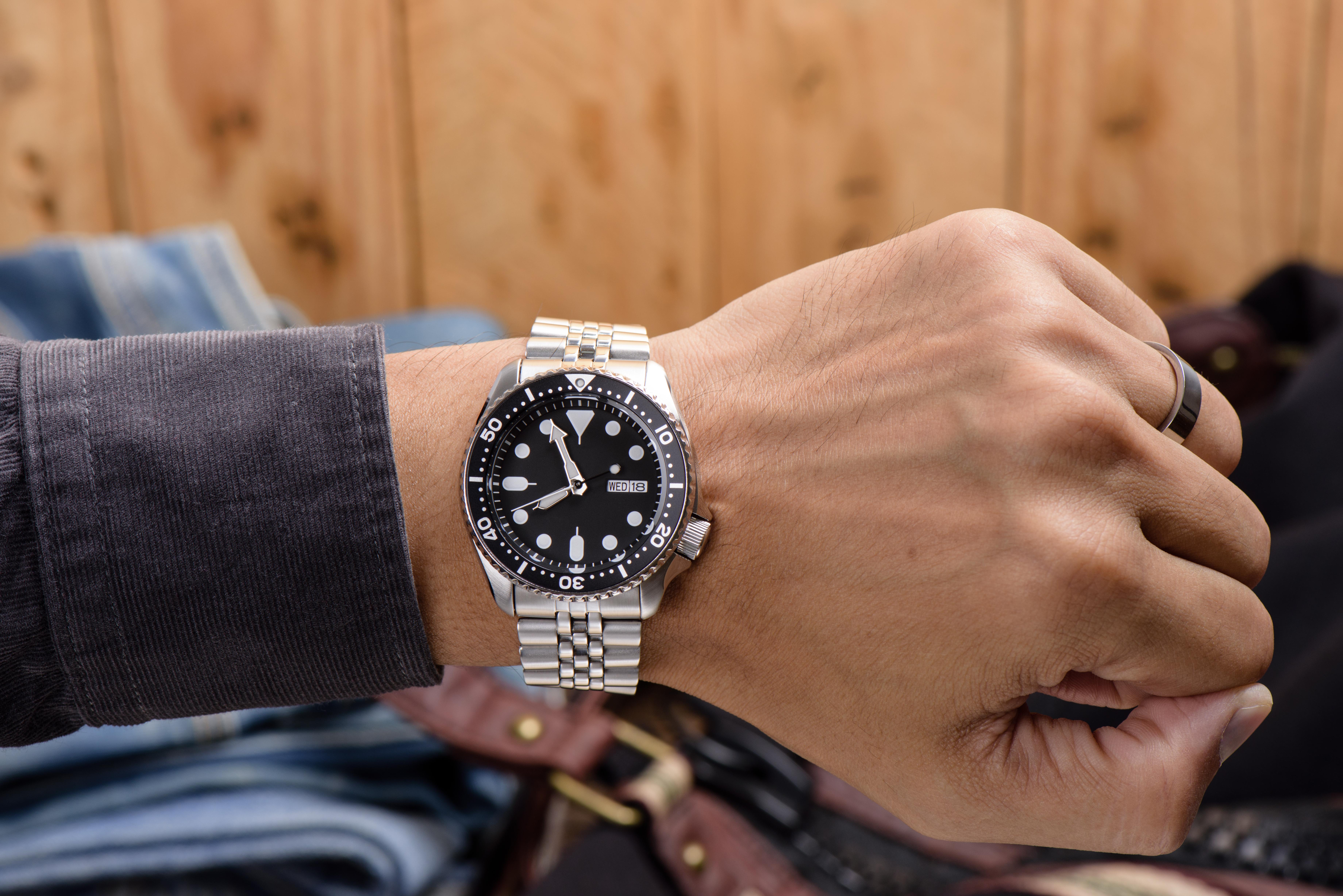 シルバー時計